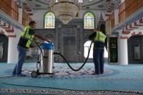 HİCRİ YILBAŞI - Kartepe'de Camilerin Temizliğini Belediye Üstleniyor