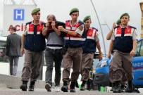 BUZDOLABı - Hırsızlık Zanlısından Muhabire Çirkin Saldırı