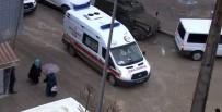 Polis Noktasına Yıldırım Düştü Açıklaması 3 Yaralı