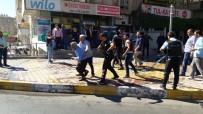 ZIRHLI ARAÇLAR - Şanlıurfa'da Silahlı Kavga Açıklaması 1 Ölü, 3 Yaralı