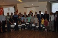MURAT KAYA - Tarsus'ta 700 Öğrenciye Kıyafet Yardımı