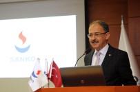 TIP ÖĞRENCİSİ - Tıp Fakültesi Öğrencilerine 'Tanışma Toplantısı' Düzenlendi
