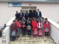 Tuzluca İlçesine Bağlı Köy Okullarındaki Öğrencilere Kırtasiye Yardımı Yapıldı