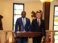 GANA - Bakan Canikli, Gana Savunma Bakanı Dominic Nıtıwul İle Bir Araya Geldi