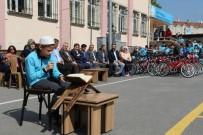 EYÜP BELEDİYESİ - Eyüp Belediyesi'nden 25 Çocuğa Bisiklet