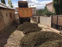 ÖZALP BELEDİYESİ - Özalp Belediyesi'nin Yol Çalışmaları Devam Ediyor