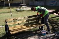 ÖMER ÇIÇEK - Ahmet Yesevi Parkında Yenileme Çalışmaları Yapıldı