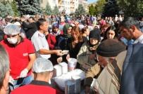 AKŞEHİR BELEDİYESİ - Akşehir Belediyesinden Aşure İkramı