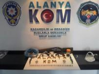 CIKCILLI - Alanya'da Tefecilere Yönelik Operasyon