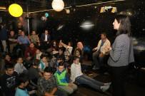 EYÜP BELEDİYESİ - Eyüp'te Çocukların Teleskopla Dolunay Keyfi