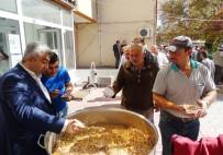 FATİH ÇALIŞKAN - Hisarcık Belediyesi 4 Bin Kişiye Aşure Dağıttı