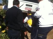 ESKIŞEHIR OSMANGAZI ÜNIVERSITESI - Kamyonetin Takla Attığı Kazada 1 Kişi Öldü