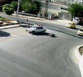 Kilis'te Işık İhlali Yapan Motosiklet Otomobile Çarptı Açıklaması 3 Yaralı