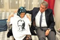 MEHMET ALI ÇALKAYA - Pakize Nine Atatürk Tişörtü İstemişti, Başkan Çalkaya Sürpriz Yaptı