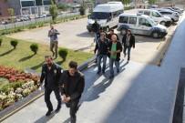 SİLAH TİCARETİ - Silah Kaçakçıları Adliyeye Sevk Edildi