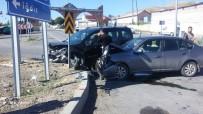 Tuzluca'da Trafik Kazası Açıklaması 2 Yaralı