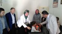 KIRTASİYE MALZEMESİ - AK Parti'den Öğrencilere Yardım