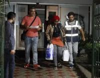 İNSAN TİCARETİ - Antalya'da Yeni Gineli Öğrenciye Fuhuş Yaptırmaktan Gözaltı