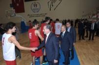 ESKİŞEHİR VALİSİ - Bakan Bak, Eskişehir Basket Genç Takımı'na Başarı Diledi