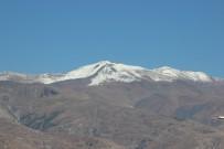 MUNZUR - Erzincan'ın Yüksek Kesimleri Karla Kaplandı