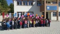 BADMINTON - Hakkarili Çocuklar Ve Gençler 'Mobil Gençlik Merkezi' İle Eğlendi