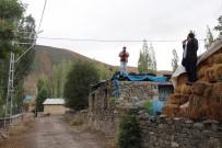 BAZ İSTASYONU - Köylüler Şebekelerini Arıyor