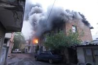KıŞLA - Antalya'da Çıkan Yangında 3 Ev Zarar Gördü