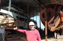 BALIK TUTMA - Çeliği İşleyerek Devasa Teknelere Dönüştürüyorlar