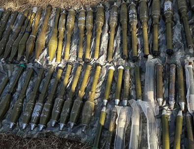 Diyarbakır'da 105 roketatar mühimmatı ele geçirildi