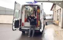 Kazada Yaralanan Çocuk, Hastaneye Yaralı Annesinin Kucağında Geldi