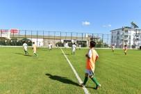 HAKAN TÜTÜNCÜ - Kepez'den Varsak'a Semt Futbol Sahası