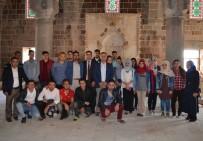 MÜFTÜ VEKİLİ - KYK Öğrencileri Tarihi Mekanları Gezdi