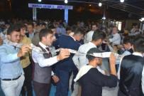 TOPLU İĞNE - 40 Metrelik Düğün Takısı Çifti Şaşkına Çevirdi