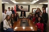 Başkan Kesimoğlu, Fen Bilimleri Okul Öğrencilerini Ağırladı