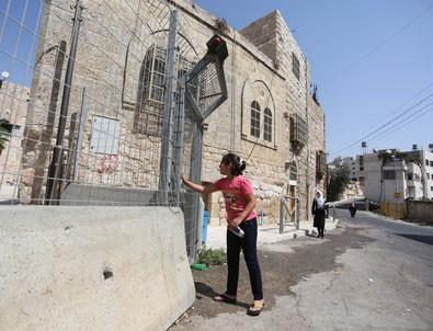 Dikenli teller Es-Selayme'yi 'açık hapishane'ye dönüştürdü