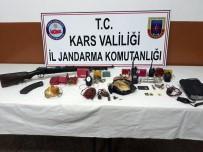 KALAŞNIKOF - Kağızman'da Çok Sayıda Mühimmat Ve Yaşam Malzemesi Ele Geçirildi