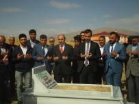 ANMA TÖRENİ - PKK'nın Şehit Ettiği Muştu Kabri Başında Anıldı