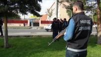 DEDEKTÖR KÖPEK - Polis Okul Önlerinde Zehir Tacirlerine Göz Açtırmıyor