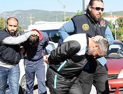 Teröristleri Lazkiye'den Muğla'ya getiren 3 gemi personeli yakalandı