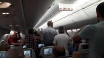 HAZIRLIK MAÇI - Trabzonspor Kafilesini Taşıyan Uçakta Klima Krizi