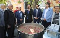 MEHMET NACAR - Uşak'ta 5 Bin Kişilik Aşure Dağıtıldı