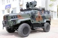 Vali Atik, Zırhlı Araçları İnceledi