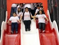 GÜNEY DOĞU - Bitlisli Öğrenciler Antalya'da Doyasıya Eğlendi