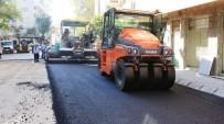 YOL YAPIMI - Büyükşehir Asfalt Çalışmalarını Aralıksız Sürdürüyor