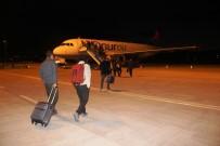 ONUR AIR - Çanakkale-İstanbul Uçak Seferleri Başladı