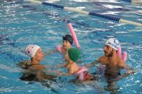 YÜZME KURSU - 'Çocuklar Okula Anneler Havuza' Projesine Annelerden İlgi