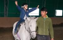 HAYVAN SEVGİSİ - Çocukların Pony Sevgisi