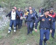 GENÇ KIZ - Uçuruma Düşen Genç Kız Hafif Yaralandı