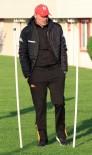 KULÜPLER BİRLİĞİ - Engin İpekoğlu'ndan Yabancı Oyuncu Sayısına Tepki