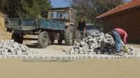 GÖKHAN KARAÇOBAN - Evrenli Mahallesindeki Çalışmalar Devam Ediyor